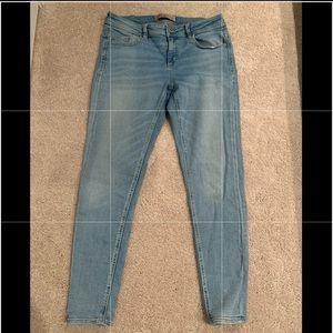 Zara light wash jeans